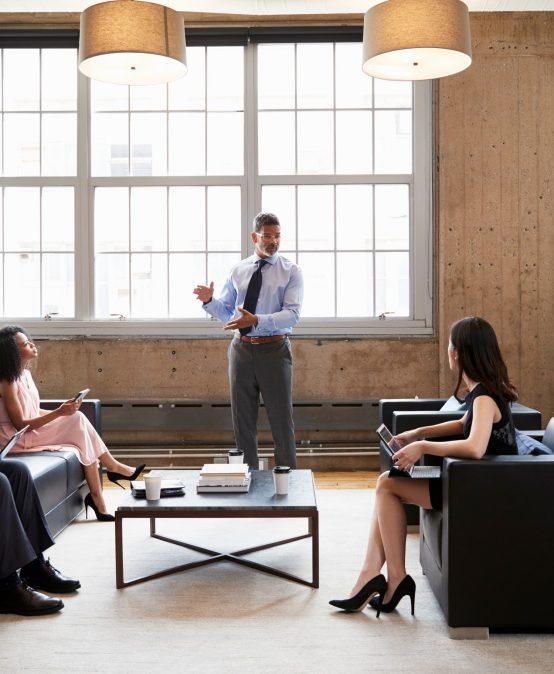 Stratégies de négociation en affaires et gestion des conflits